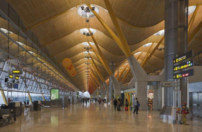 Madrid Airport, Terminal 4