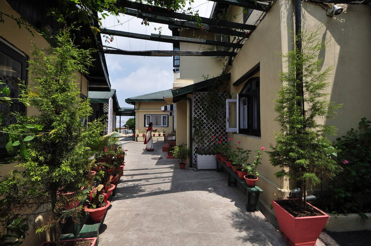 Ada Villa - looking towards the terrace