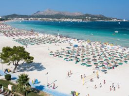 Alcudia has a family friendly beach