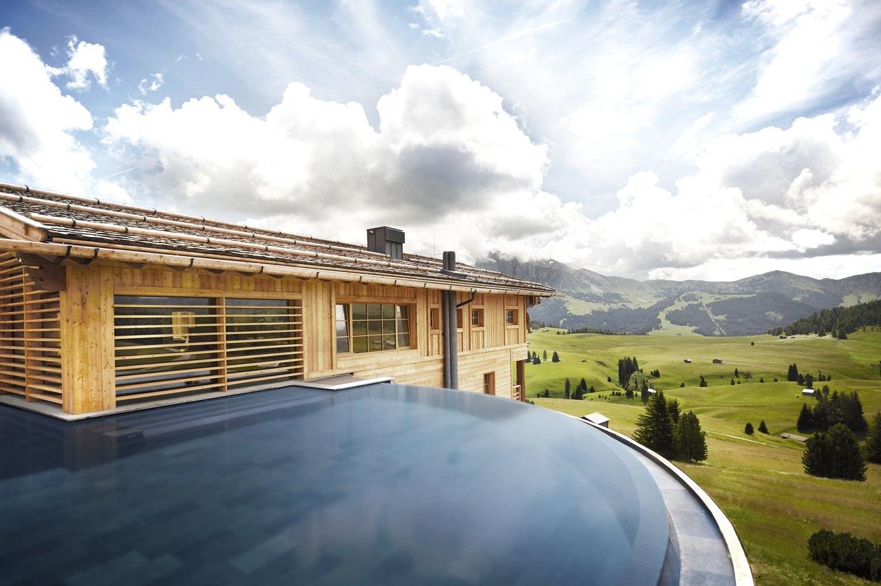 Alpe swimming pool