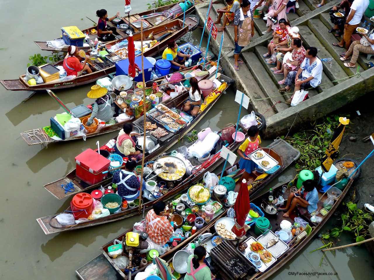 Bangkok - Amphawa Floating Market