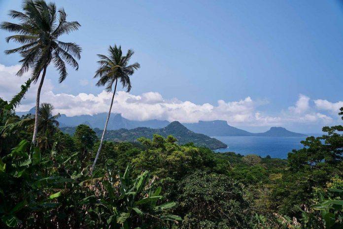 Bom Bom Landscape