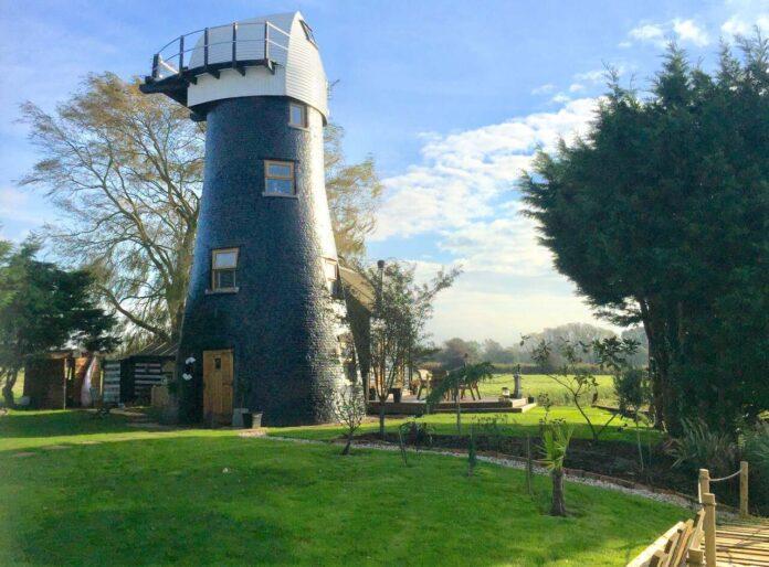 Bond Island Windmill