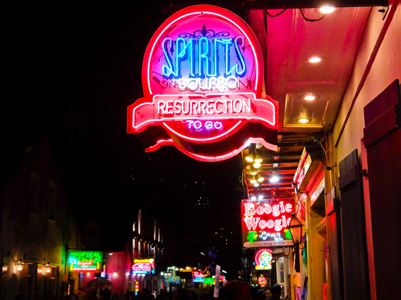 New Orleans: Bourbon Street at night