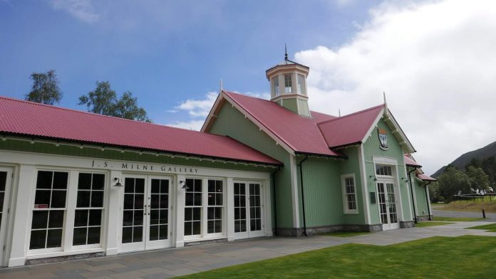 Braemar Highland Games Centre