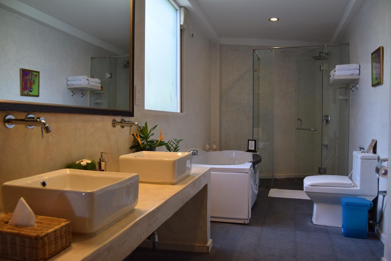 Cantaloupe Levels bathroom