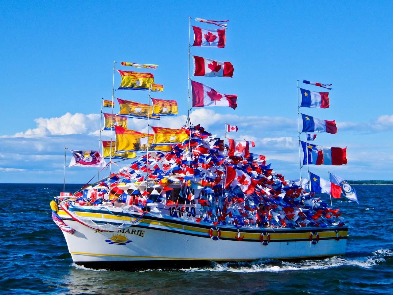 Caroquet Boat w Flags