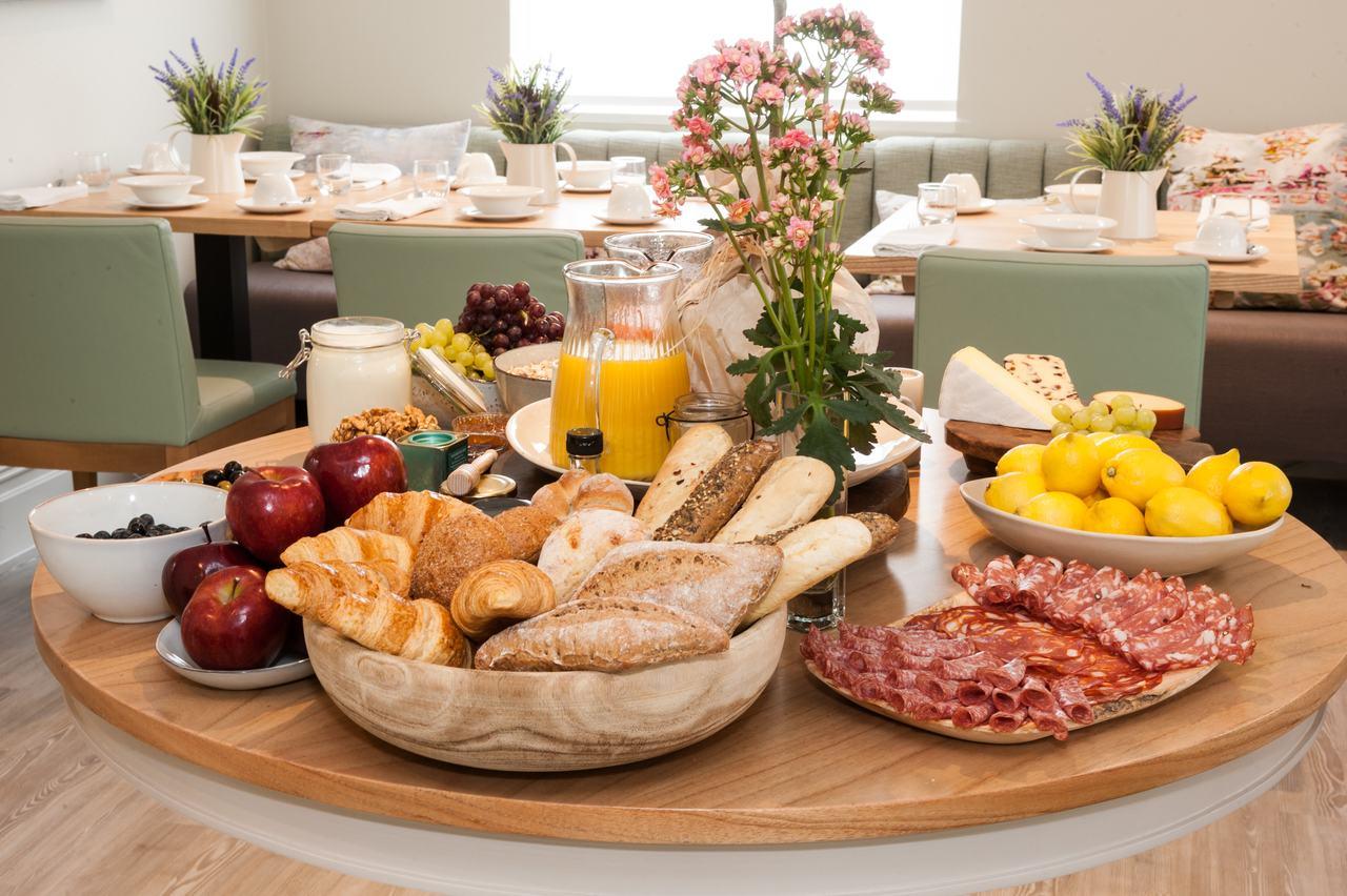 Charm Hotel breakfast buffet