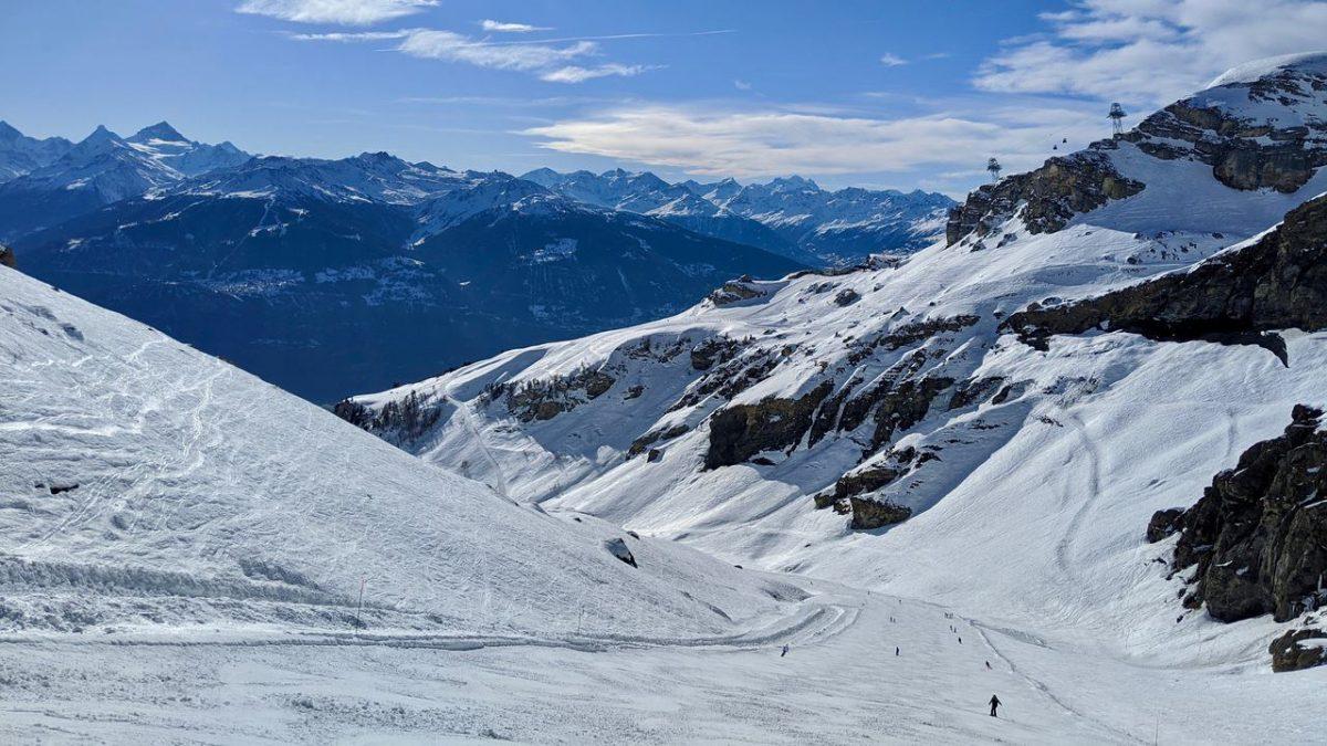 Crans-Montana glacier