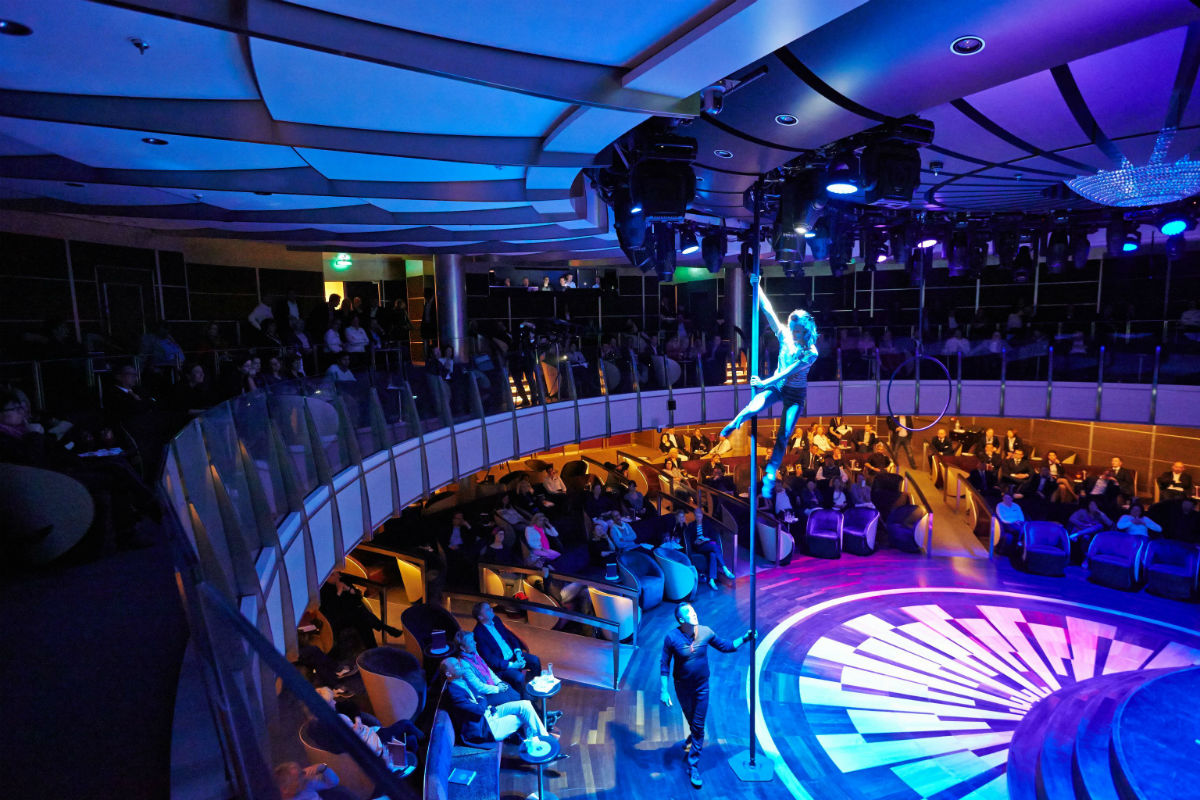 MS Europa 2 Theater