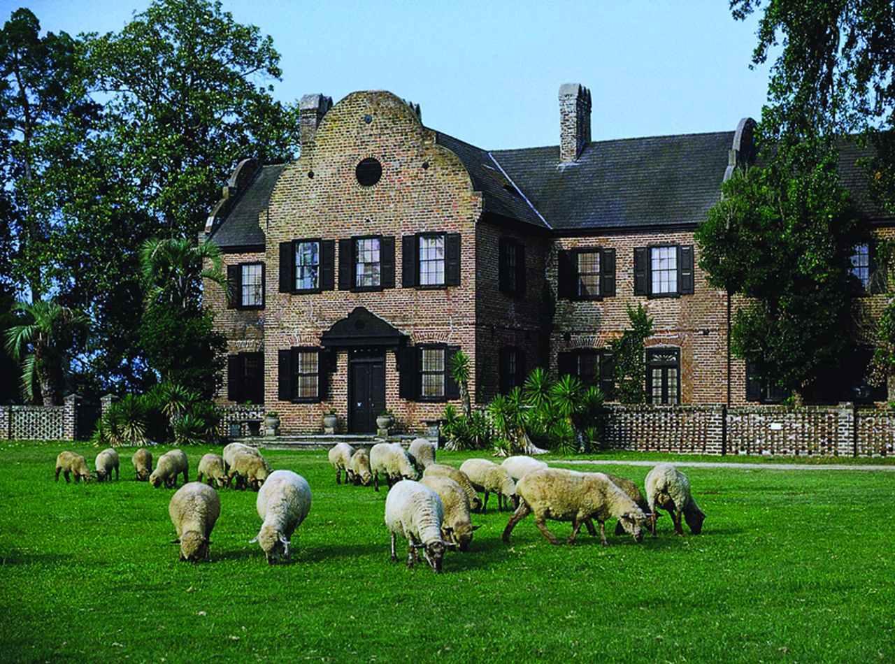 Explore Charleston Middleton Place House
