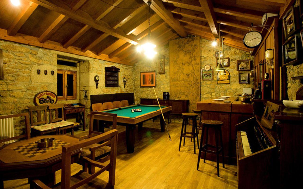 Extensive games room