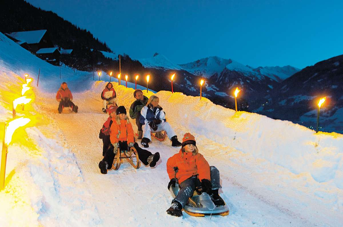 Gastein tobogganing at night