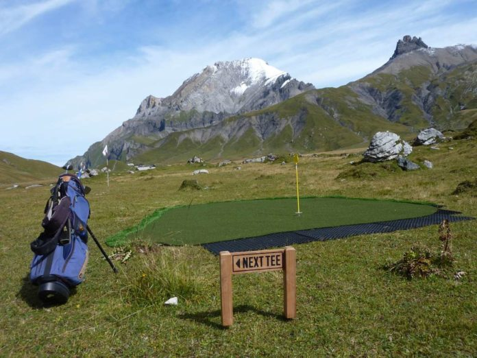 Golf Mountain pop-up course on Adelboden's Engstligenalp