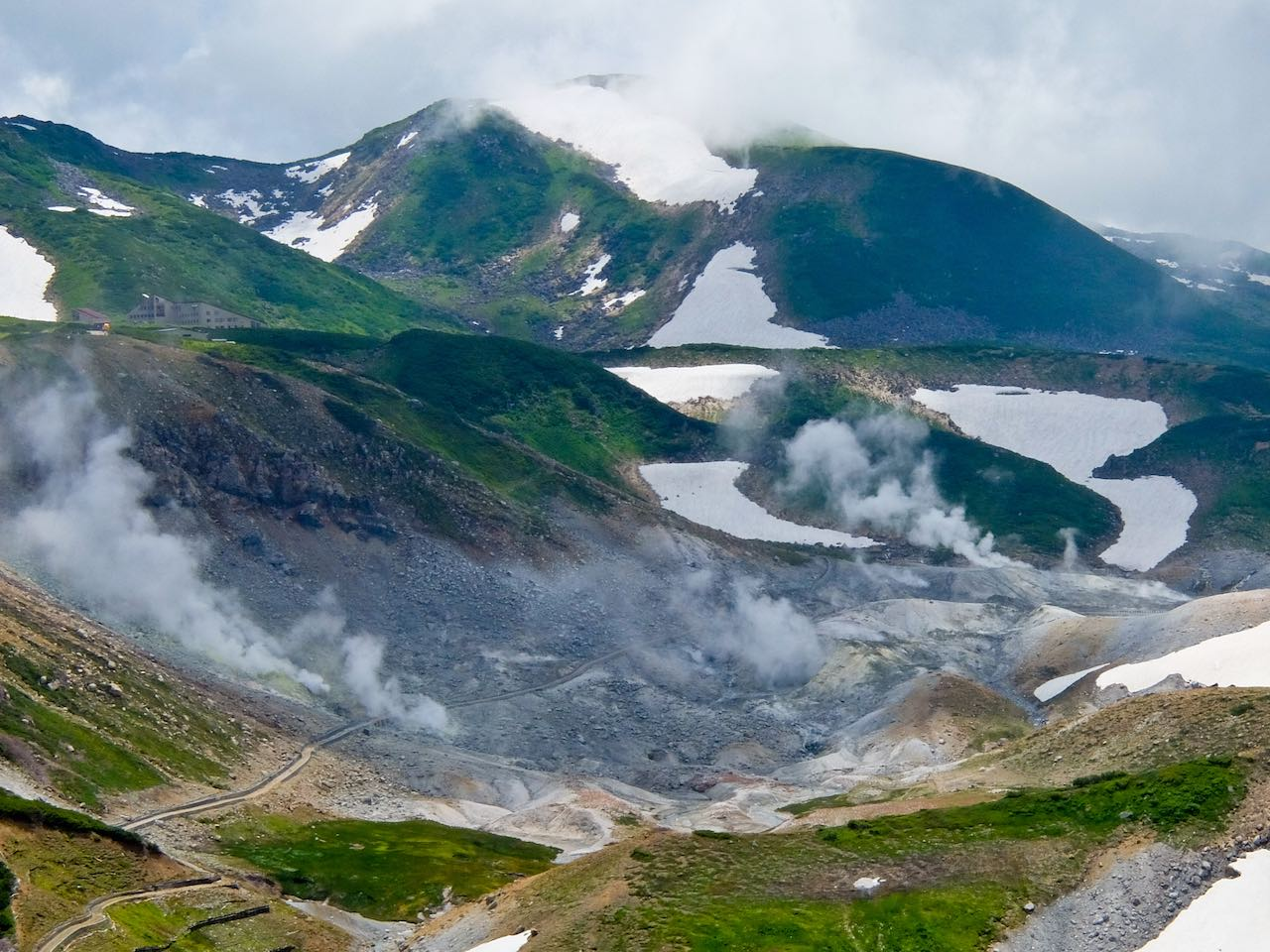 Hiking from Tateyama - Hell Valley