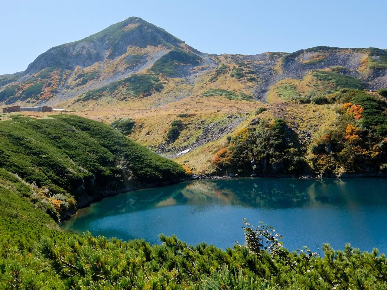 Hiking from Tateyama - Mikurigaike Crater Lake