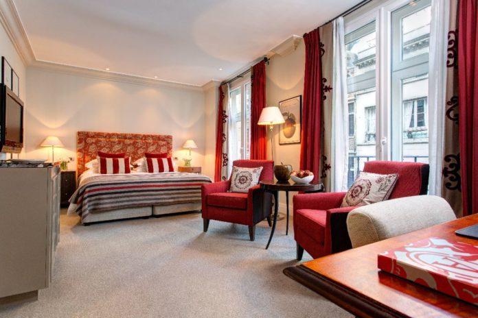Hotel Amigo - Deluxe Room