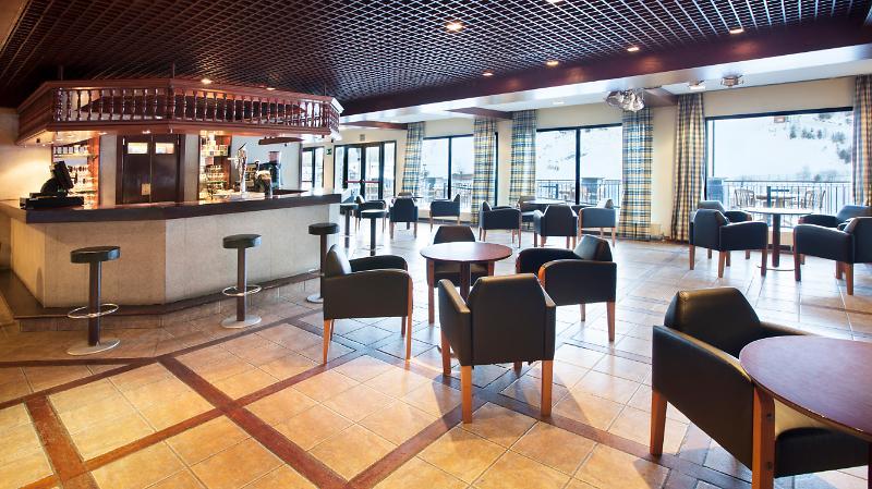 Hotel Piolets Soldeu Centre bar