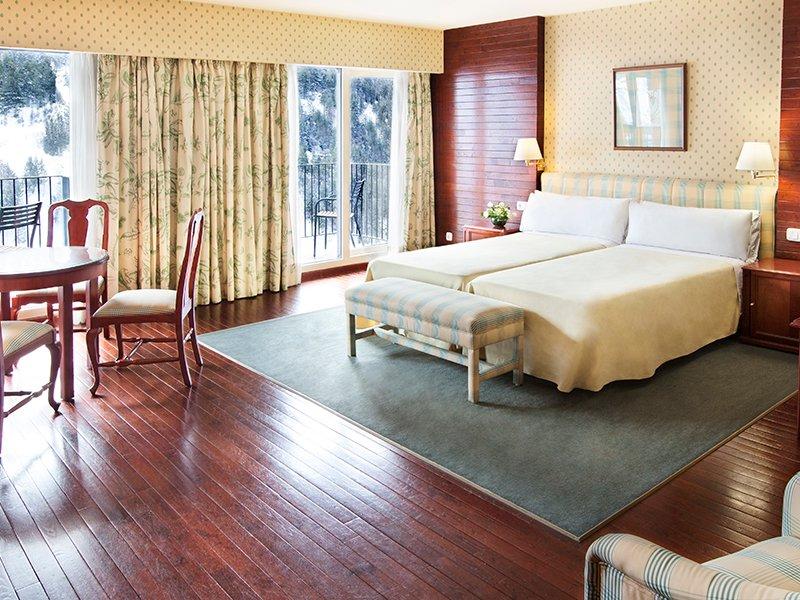 Hotel Piolets Soldeu Centre room