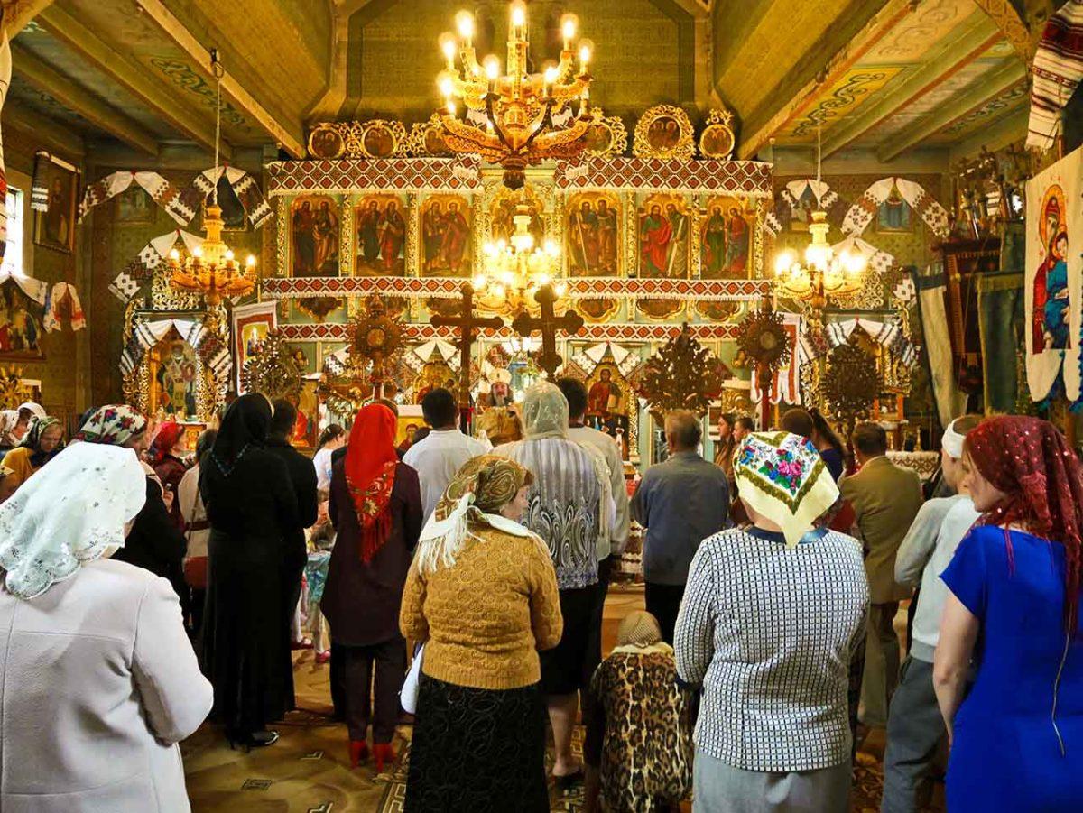 Hutul Church Service