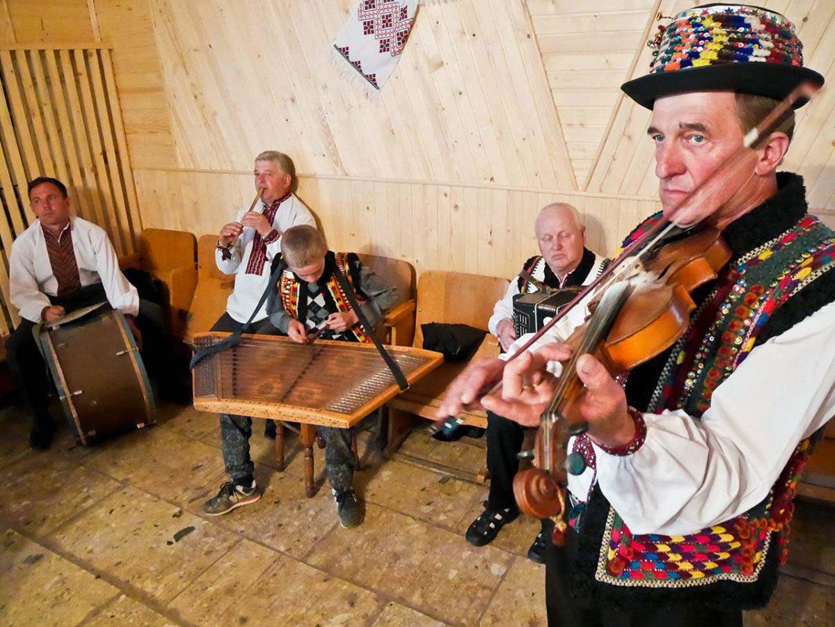 Hutul Musicians