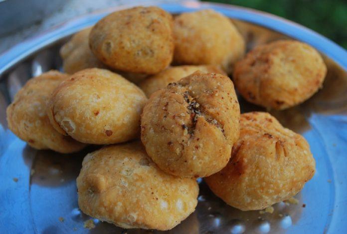 Kachoris, street food of Northern India
