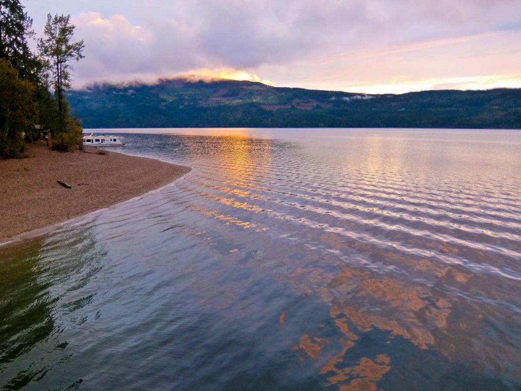 Shuswap lake sunset