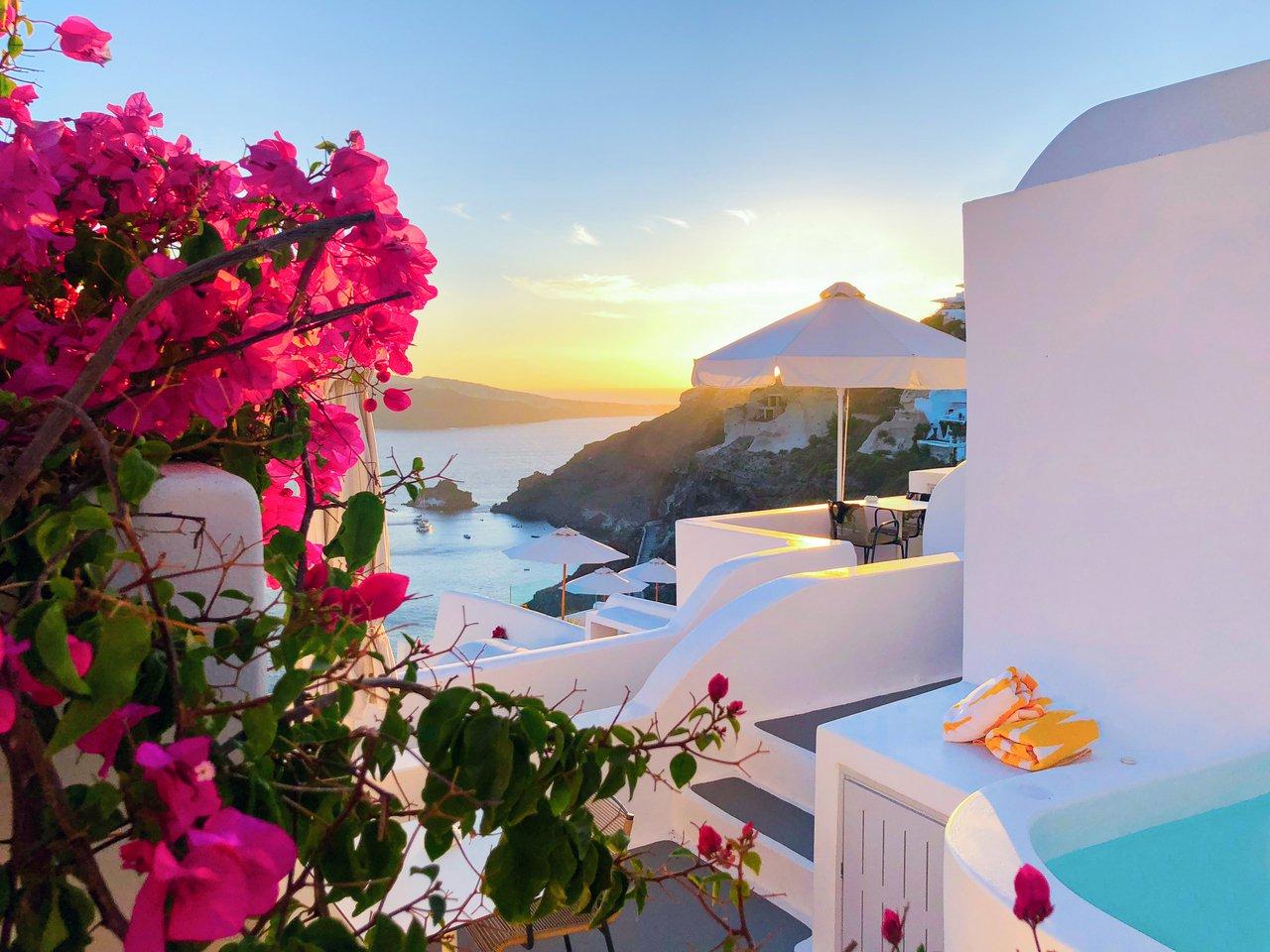 Katikies Hotel_Santorini_Sunvil