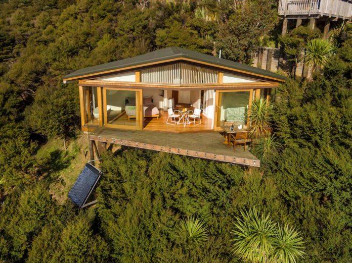 Kokohuia Lodge - aerial view