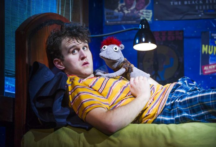 Harry Melling (Jason) and Tyrone in Hand To God