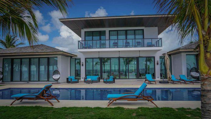 La Palmeraie villa in Bahamas