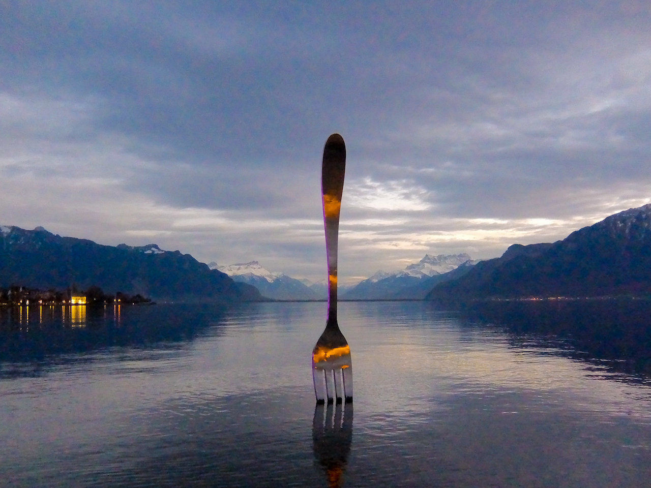 Lake Geneva outside Alimentarium