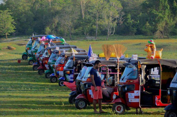 Lanka Challenge - rickshaws