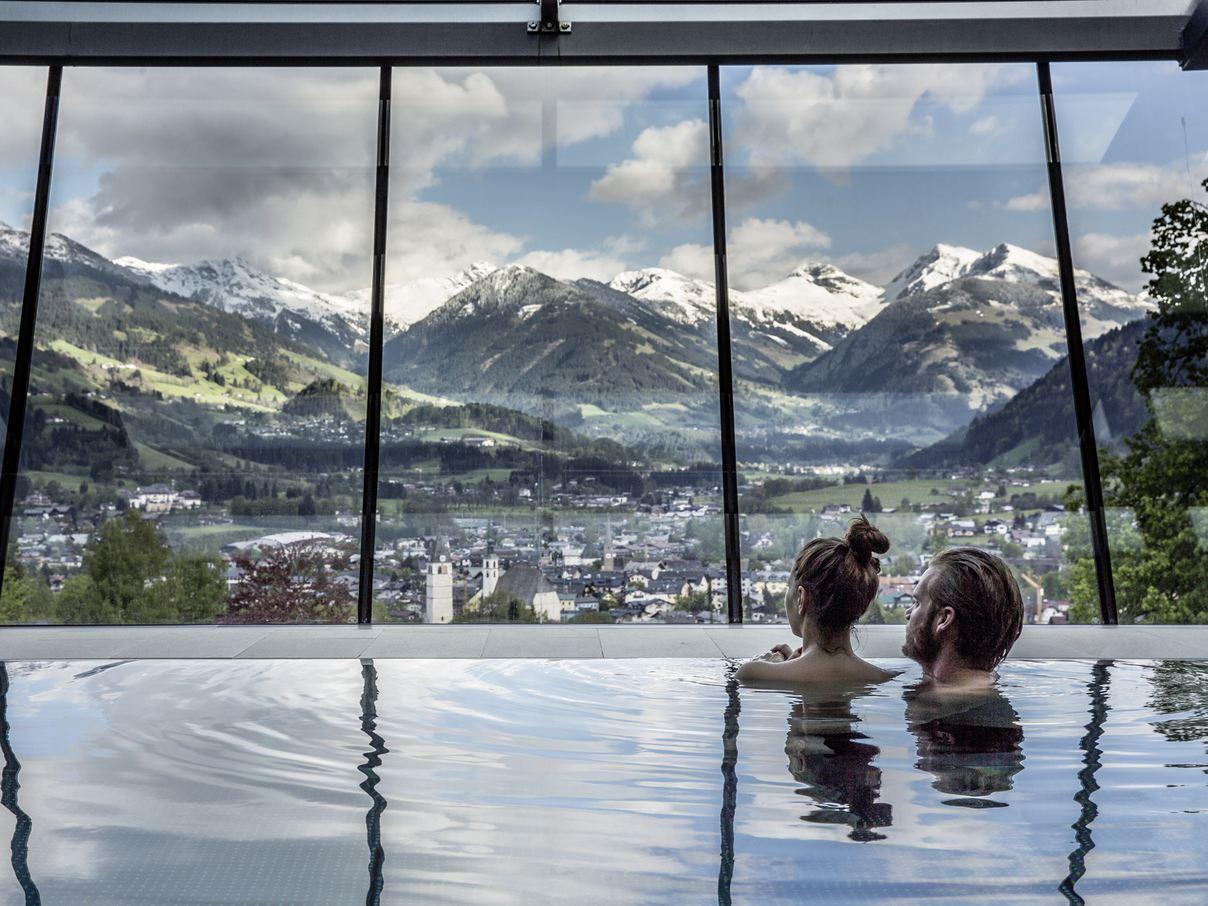 Lebenberg Pool_(c) Hotel Schloss Lebenberg