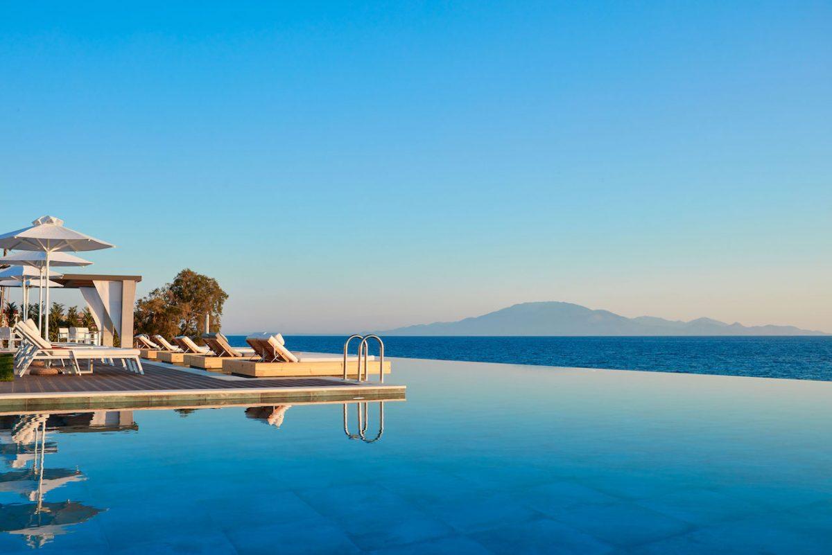 Lesante Blu - pool and view