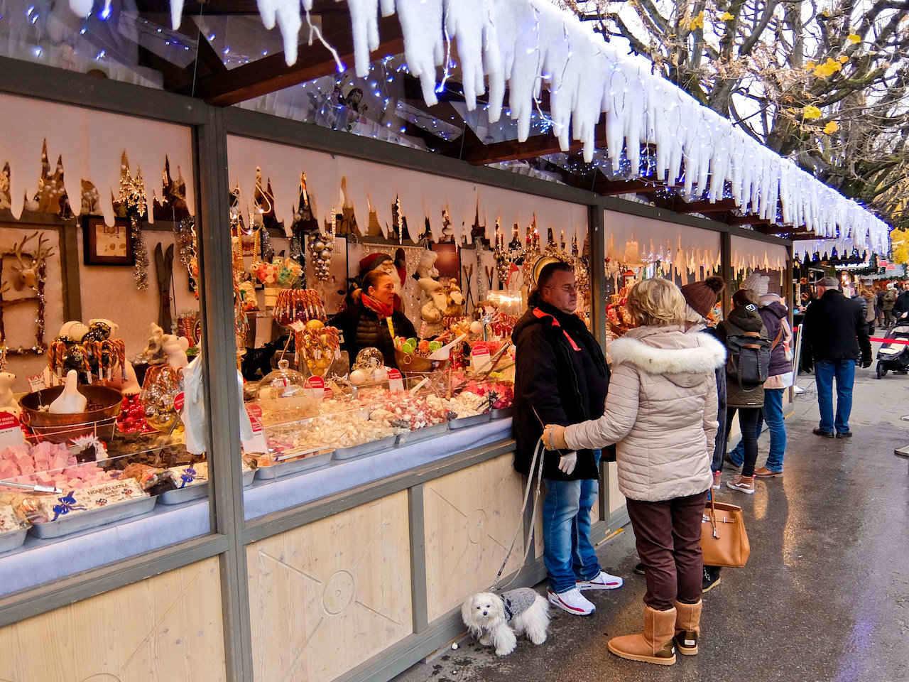 Montreux Market Chalet