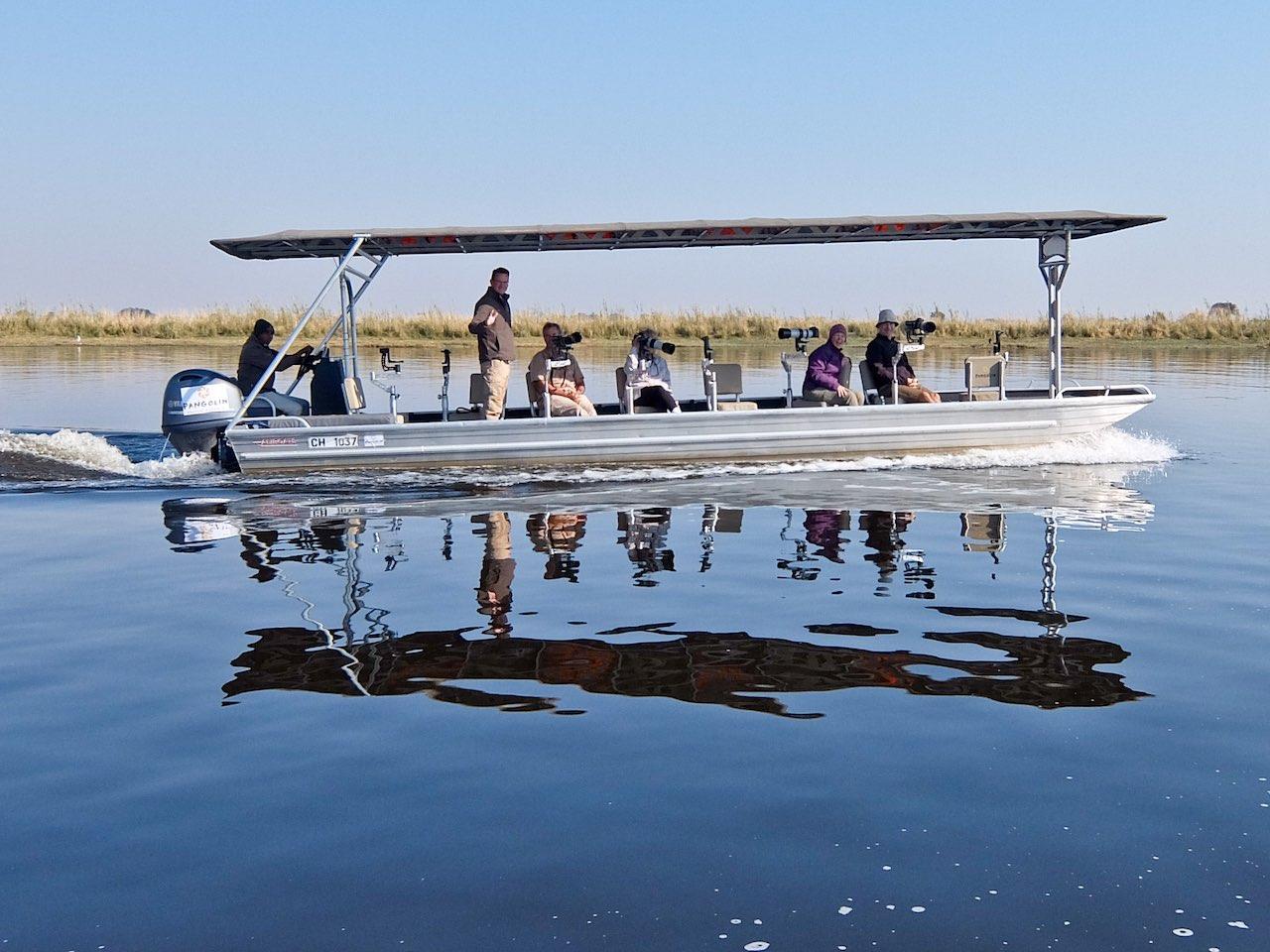 Pangolin Photo Boat