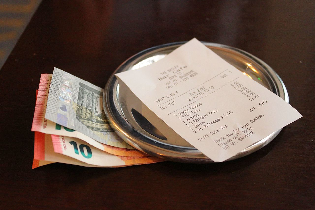 Top Tips about tipping around the world