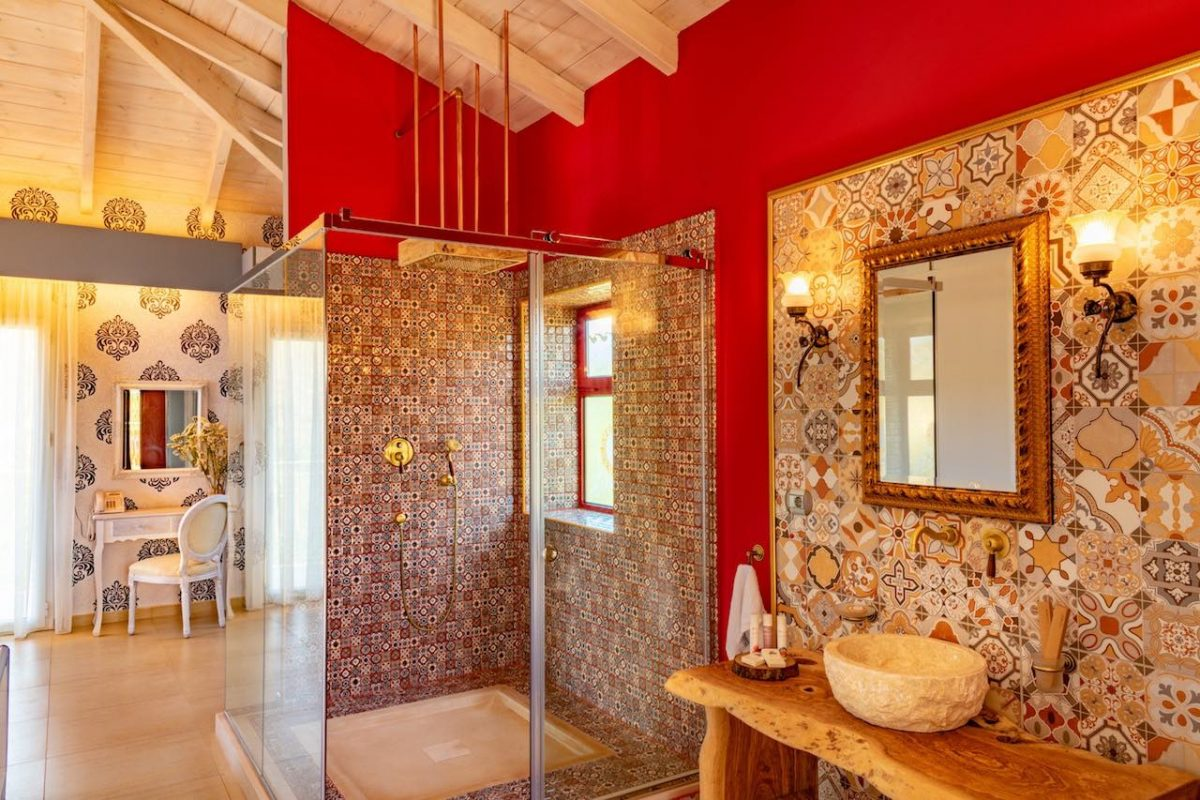 Petani Bay Hotel - bathroom