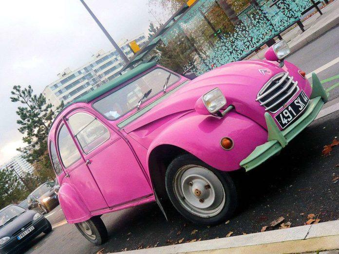Pink Citroen 2CV