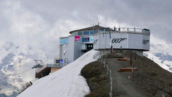 Piz Gloria at the Schilthorn summit