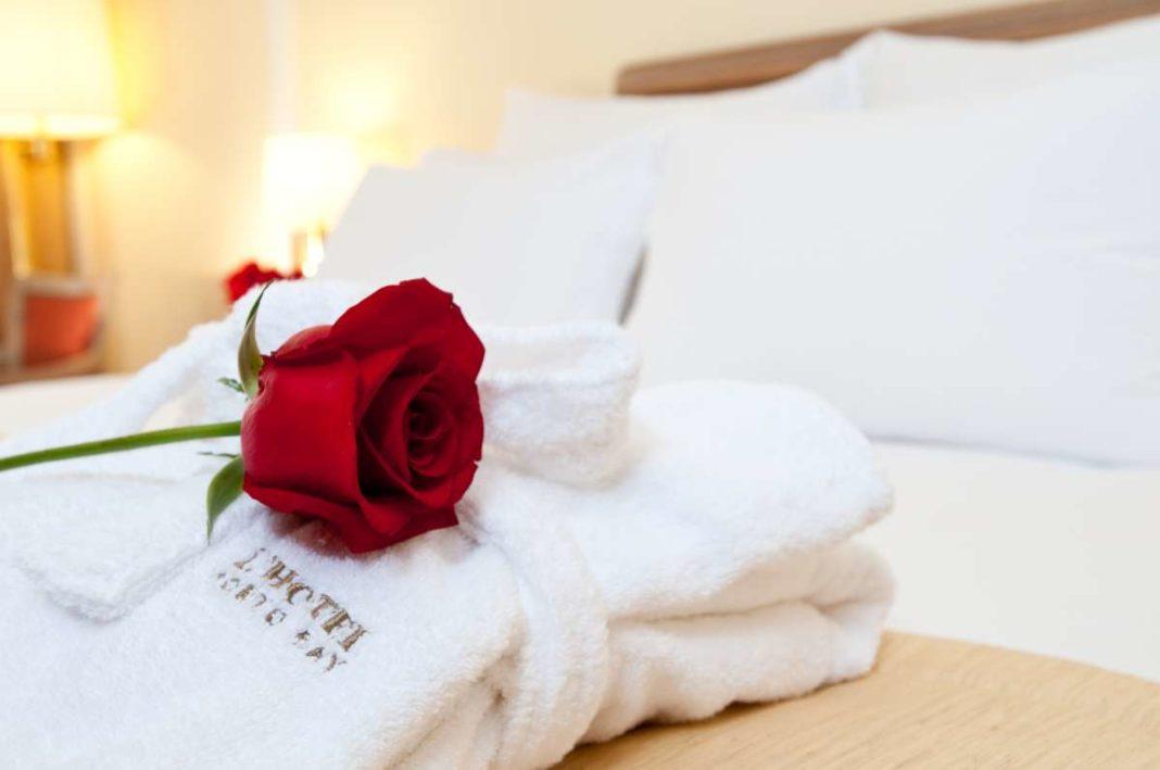 PortoBay Hotels Resorts romantic room