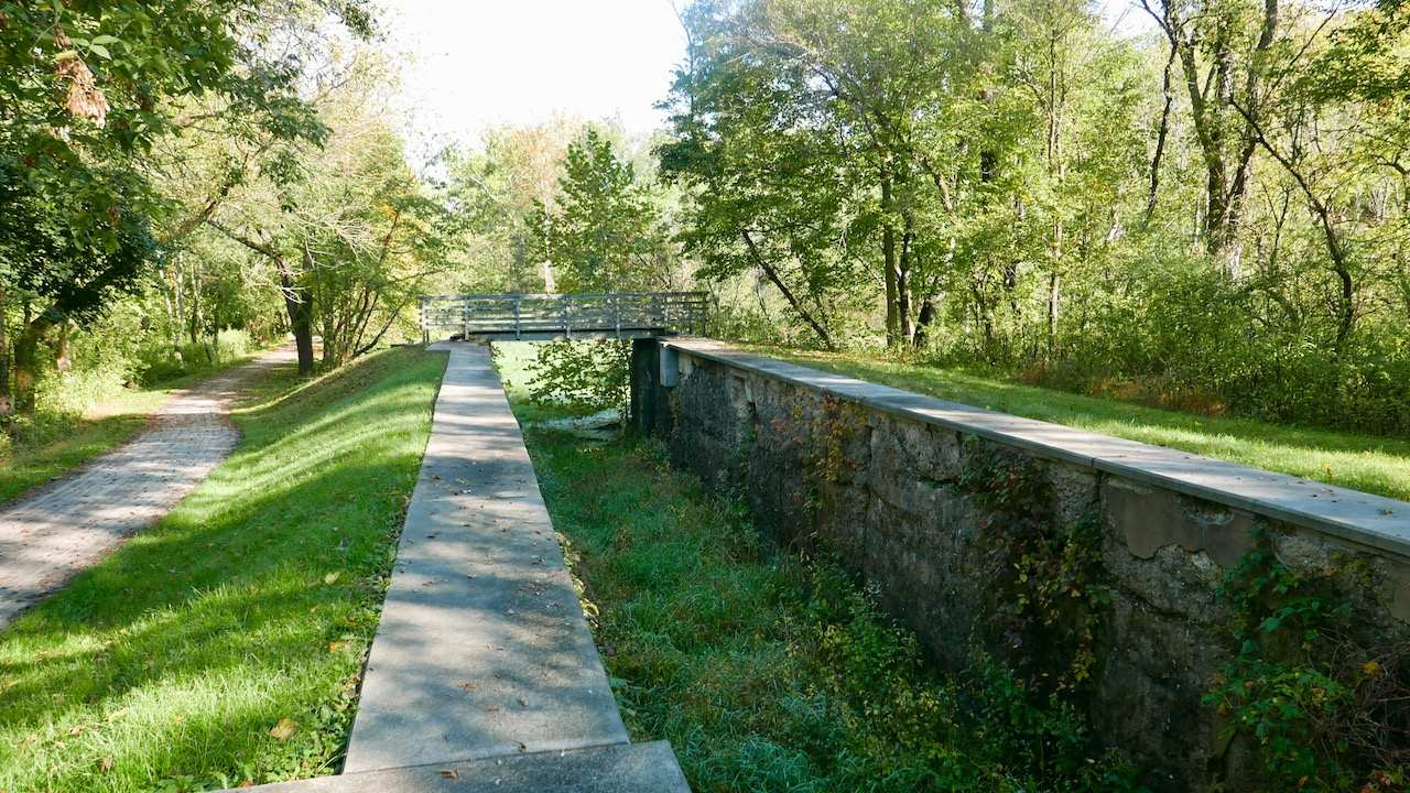Remnants of the Ohio & Erie Canal