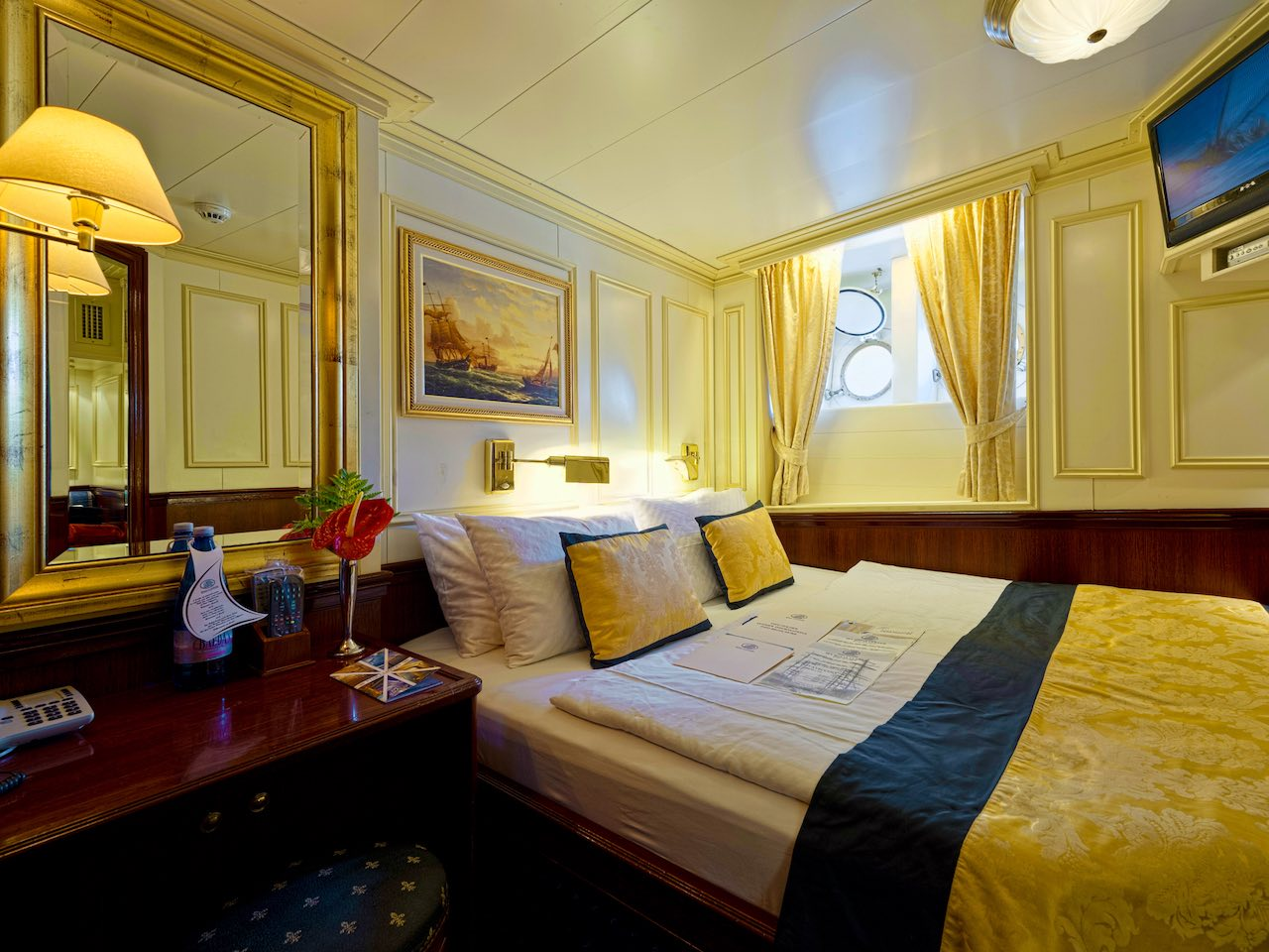 Royal Clipper Cabin