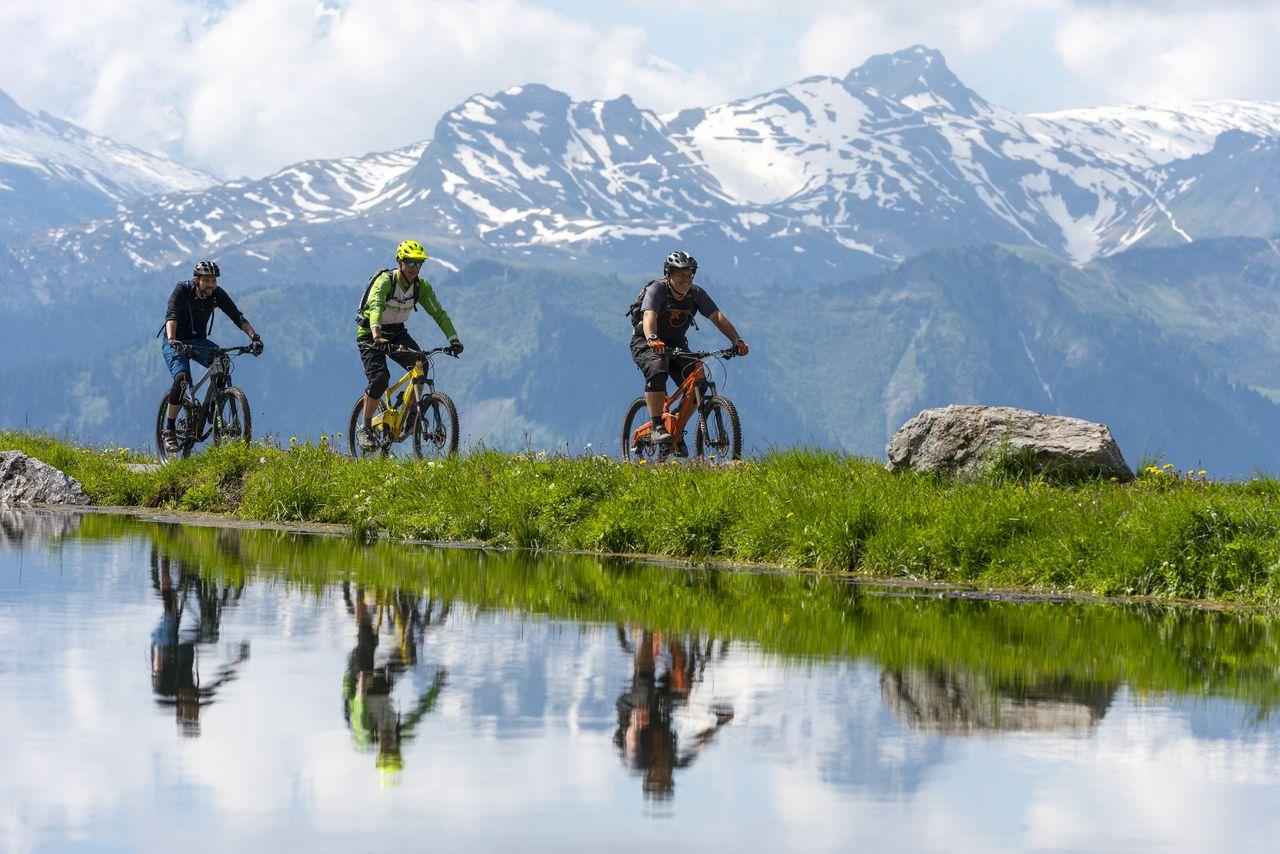 Samoëns cycling