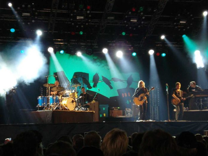 Saybia at Lowlands Paradise Festival
