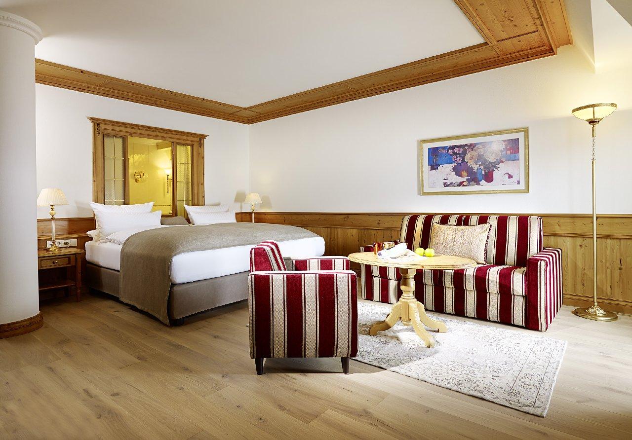 Schlosshotel Fiss, Amethyst suite