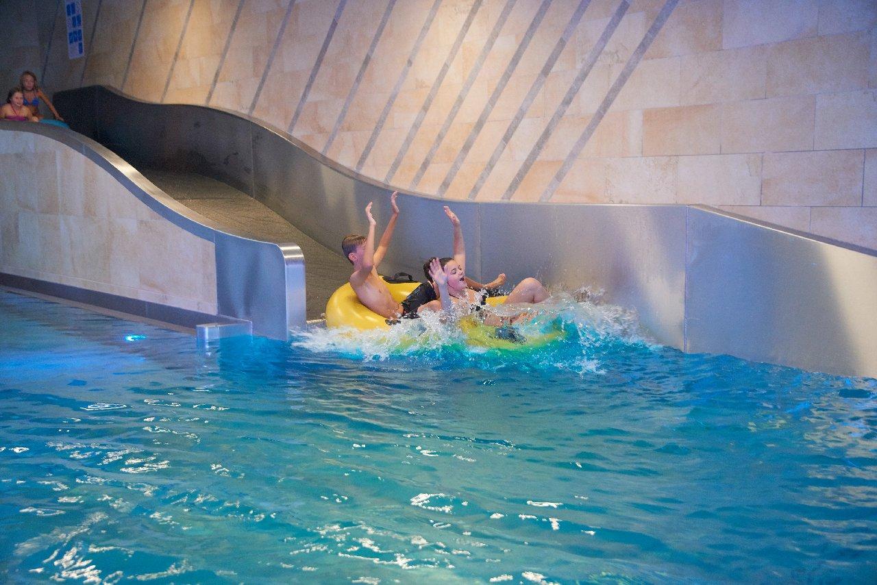 Schlosshotel Fiss, Waterworld AquaMonte-Splach slide