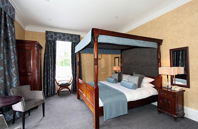 Skeabost Hotel bedroom