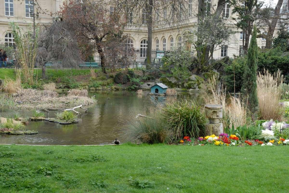 Square du Temple, Paris
